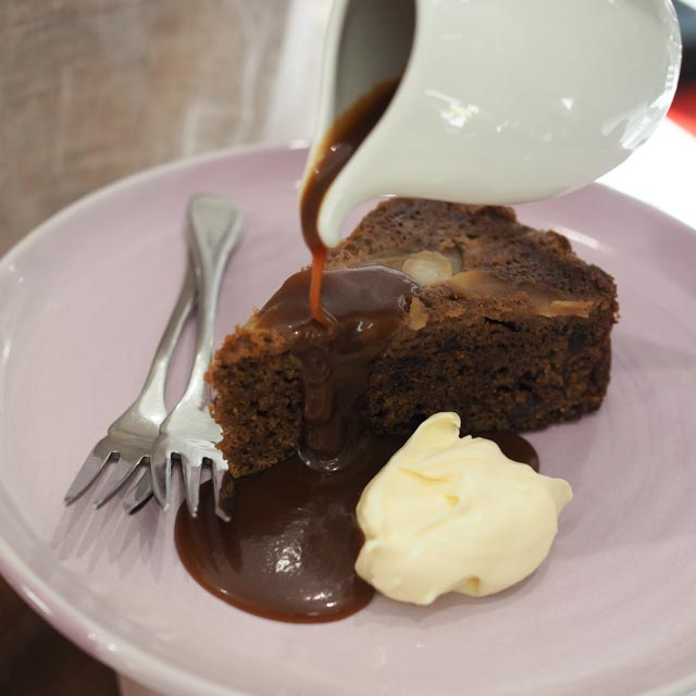 http://kitchentotable.com.au/wp-content/uploads/2016/07/Sticky-Pear-Pudding.jpg